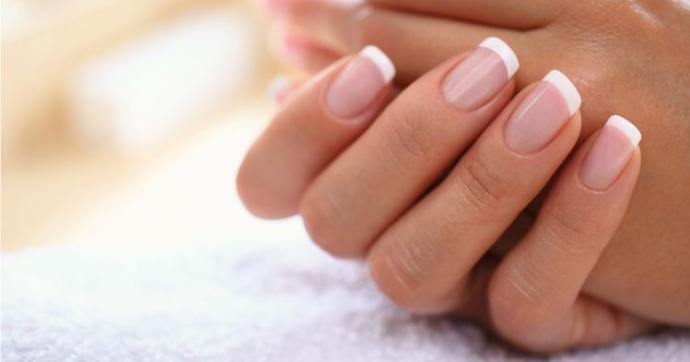Do you like the French manicure look?