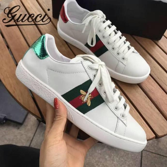 Which white sneakers do you like? Which one do you think suit more well with daily outfit?