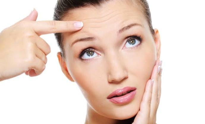 Do you have fine lines on your face? If yes, when did they first appear?