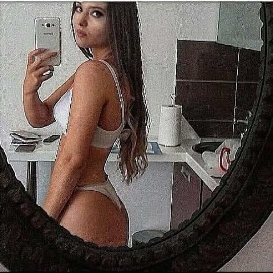 Guys, Rate those models asses?