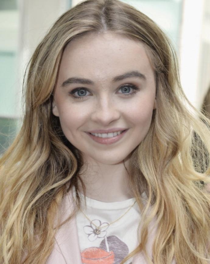 Which American Actress is Prettier Olivia or Sabrina?