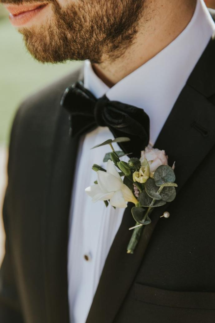 Men if you were to get married what accessory would you prefer to wear?