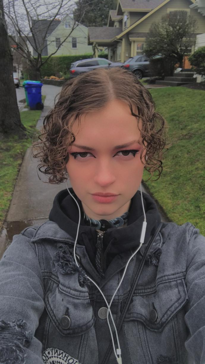 What types of hairstyles should I try?