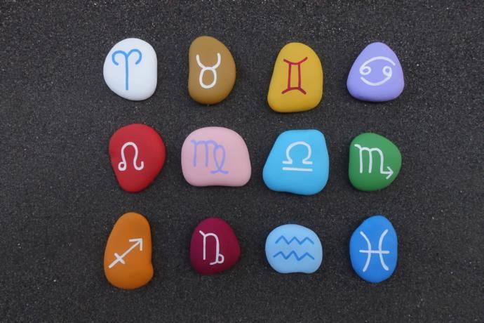 Do zodiac signs define a person?