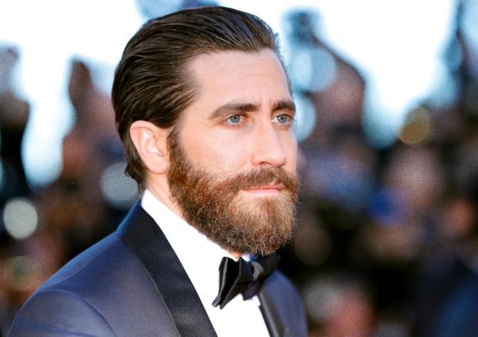 Ladies, what's your favorite facial hair length?