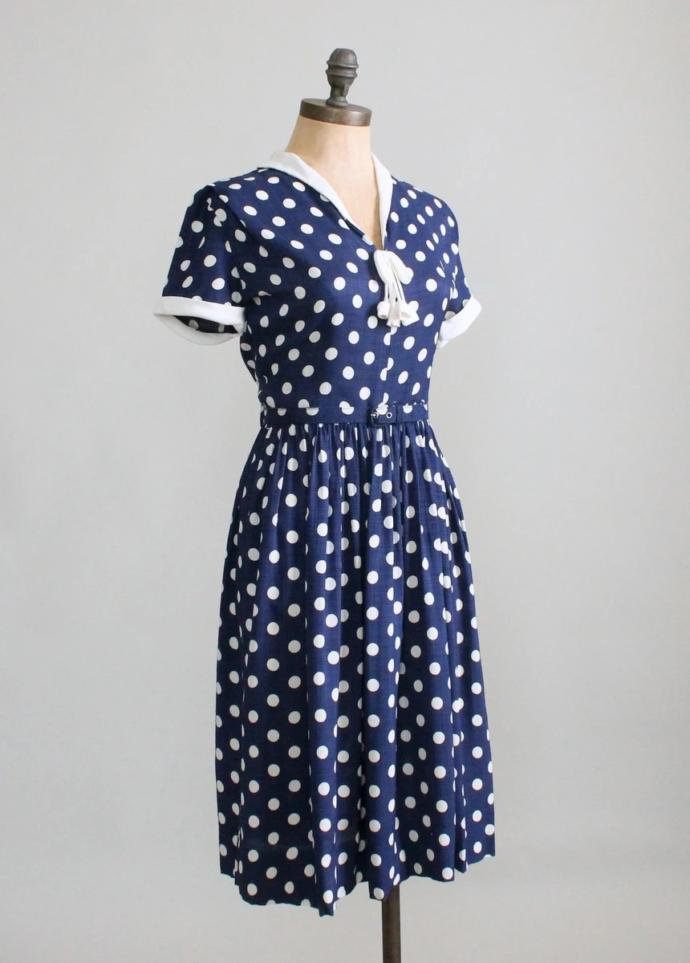 What shoes would you wear with this dress?
