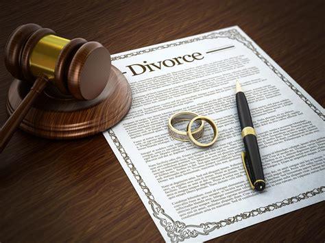 Who enjoys divorces more? Men or women?