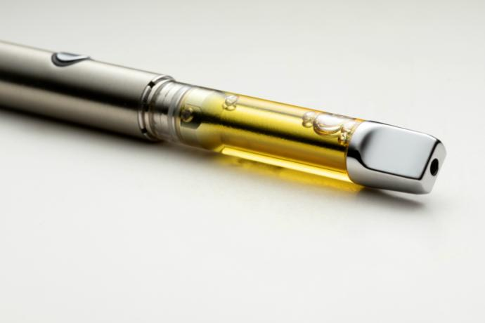 Would You Share a Vape Pen With Your Friends?