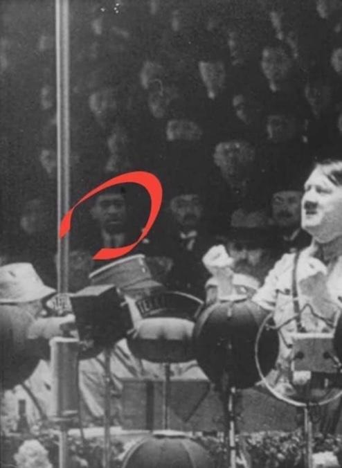 Is this a photoshop or is it real (George Floyd at Hitler rally)?