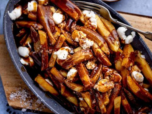Apple pie or Poutine? Which one would you choose?