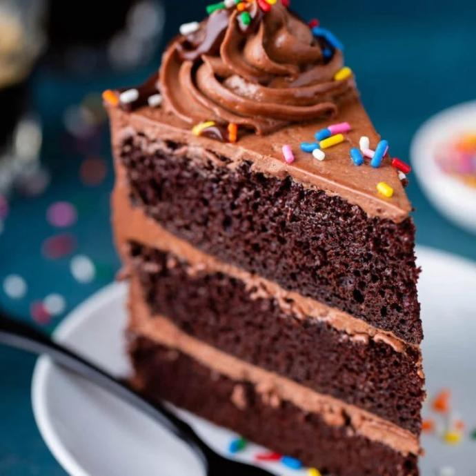 Do you prefer your slice of cake standing up or laying down on its side?