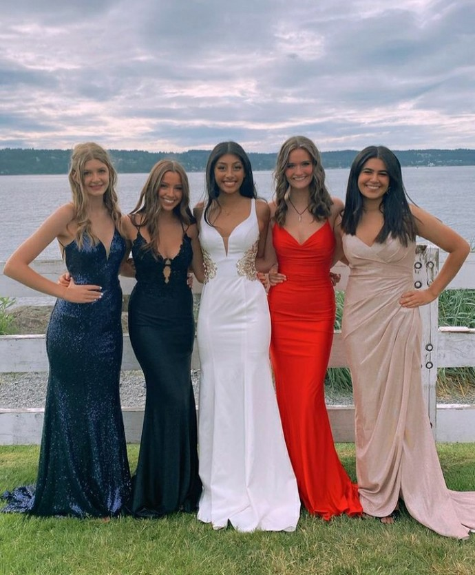 It was my friends wedding the other day, and im wondering, which of iur dresses is your favorite and why?