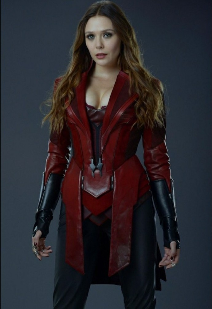 Scarlett johannson or Elizabeth Olsen, who is more attyractive and why?