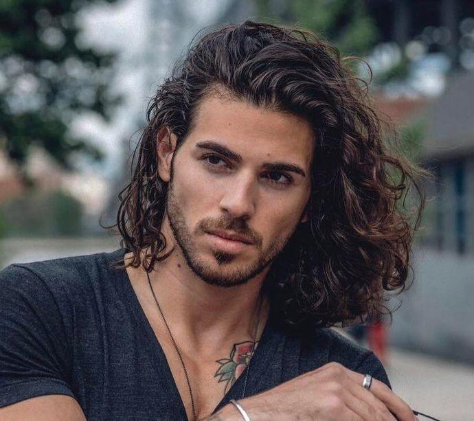 What amount of hair is more attractive in guys?