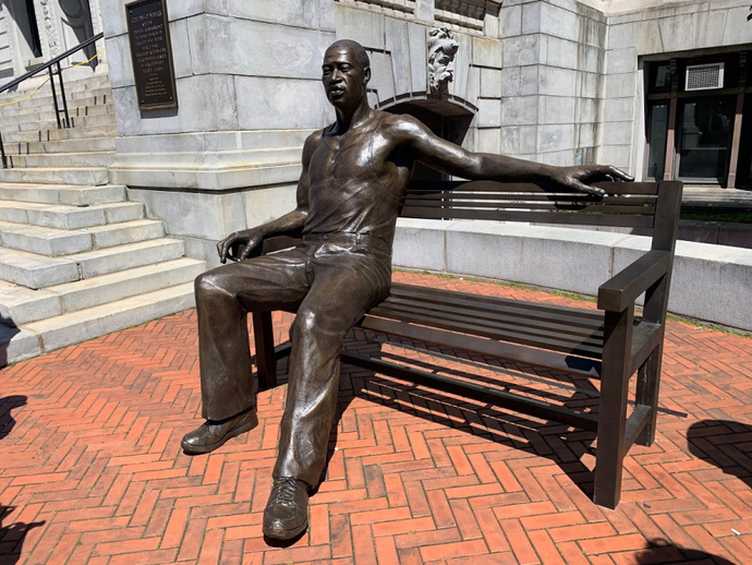 Whats your opinion of the new George Floyd statue?