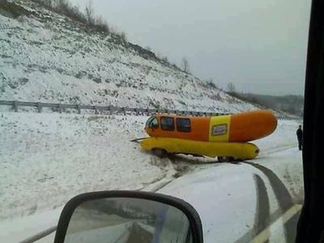 Guys, do you play with your wiener during the winter in the snow?