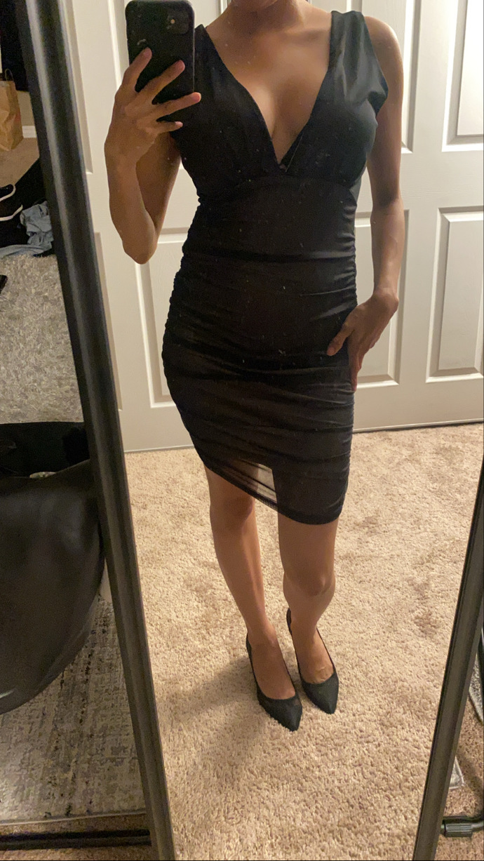POLL - which dress should I wear to a concert help me?