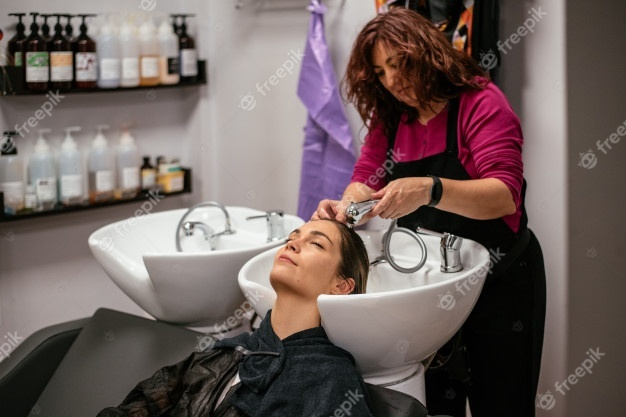 When you get a haircut do you try to chat with your barber?