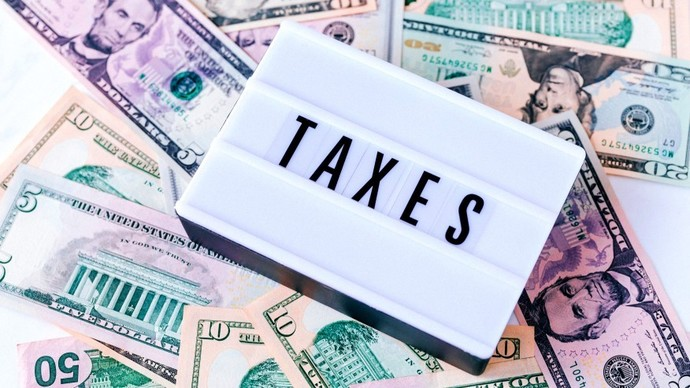 Wtf is my employer over taxing me? Should I go to a tax preparer to be sure?