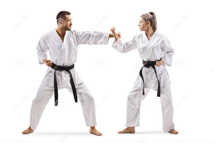 Settle a bet: Who would most likely win in a fight: A girl whos been doing MMA classes for a year, or a guy whos been doing them for two months?