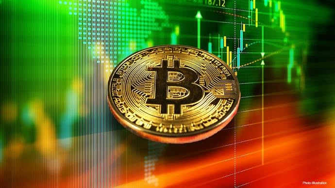 Should Bitcoin and other cryptocurrencies be encouraged or banned?
