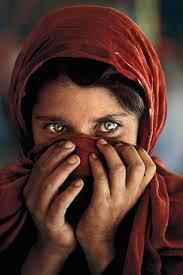 Do men love when a woman has haunting beauty? Her eyes and voice atr haunting?