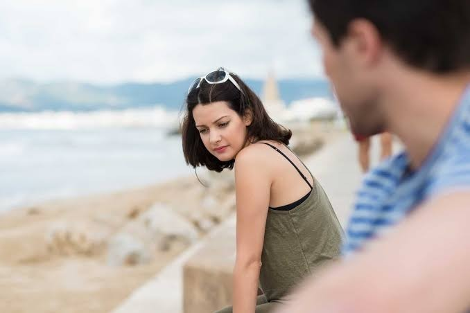 Men, what are you thinking when you stare to your (girl) friends?
