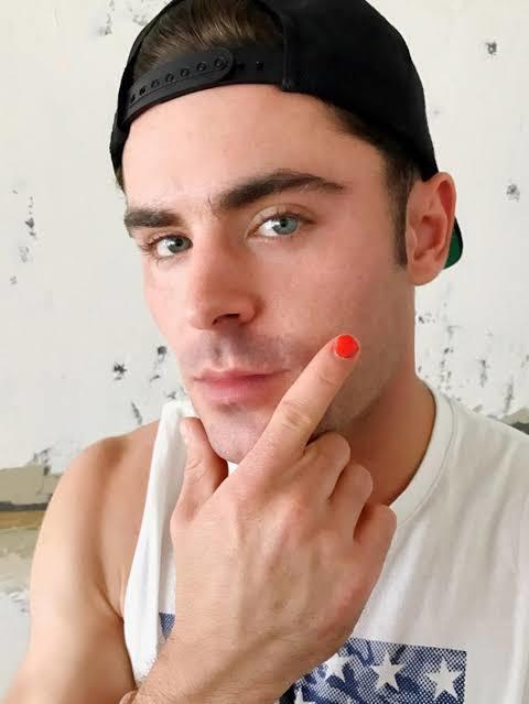Do you think men can wear nail polish?