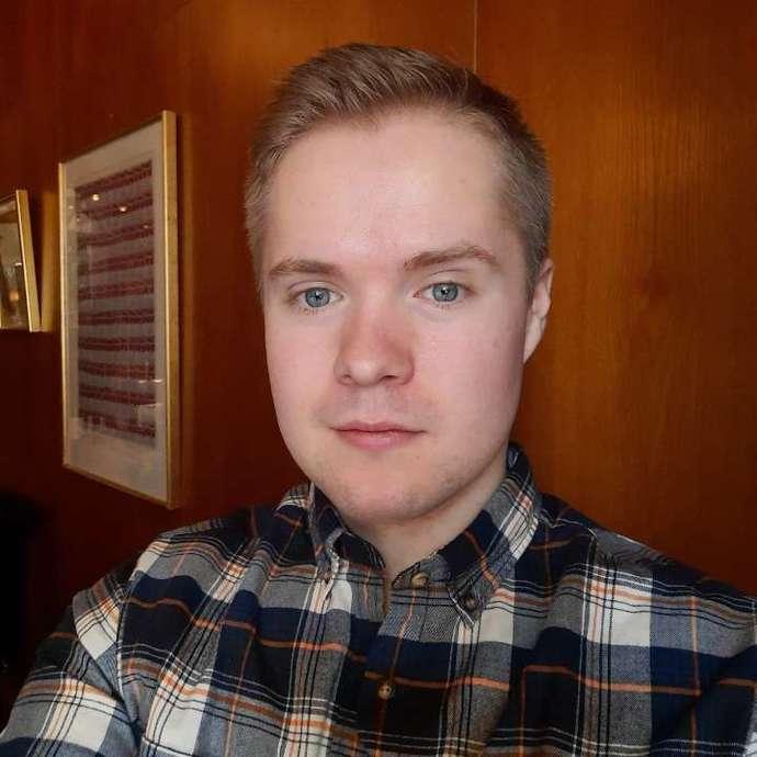 Deciding on hair length?