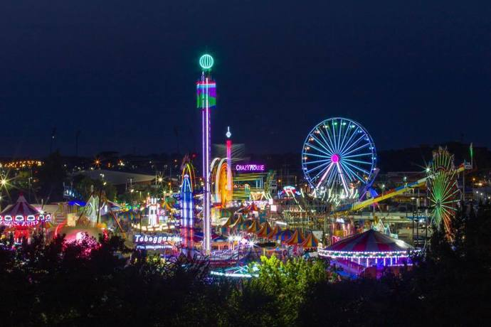 """Which ride below at """"Dirty Desii's Fair"""" would you be more willing to try?"""