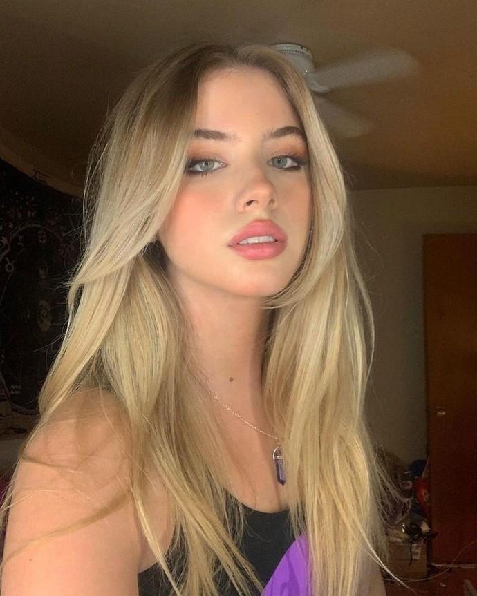 Do you like blonde women?