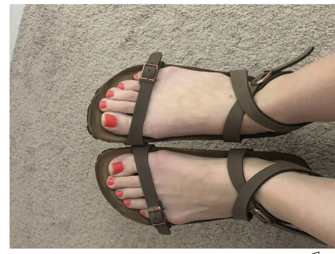 Which sandals should I buy, I can't decided on the color?