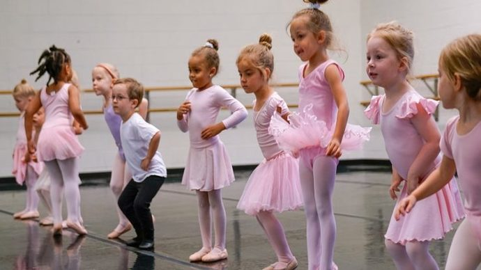 Who is stronger: a bunch of boys who play football or girls who do ballet?